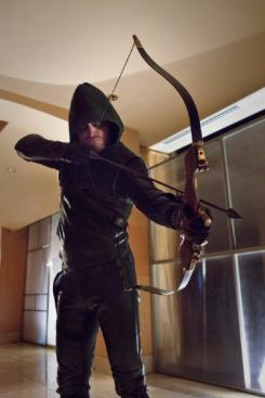 Arrow 1x16: Death to Rights