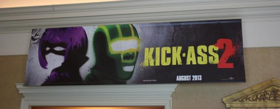 Pster de Kick-Ass 2. Con un par (2013), mostrado en la Cinemacon 2013