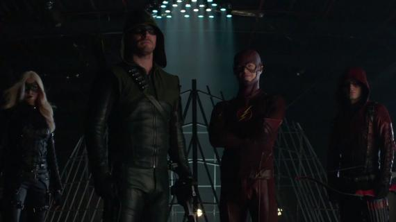 El cast de Arrow y The Flash en una promo especial