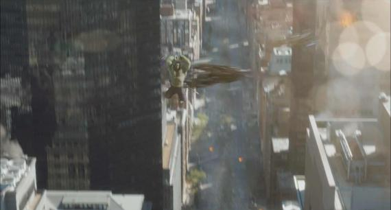 Captura del TV Spot de la Superbowl de The Avengers / Los Vengadores (2012)