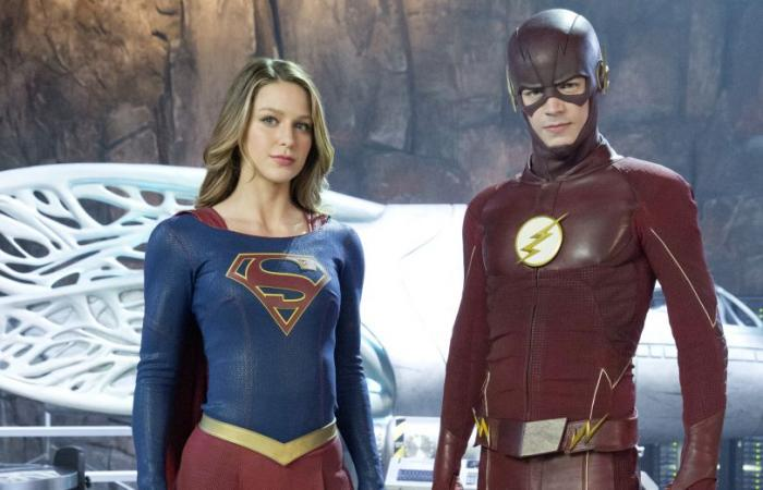 Supergirl y Flash en su primer crossover televisivo