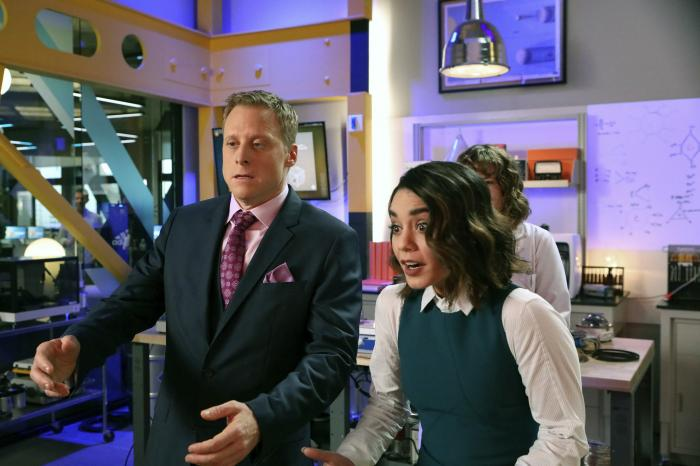 Imagen de Powerless 1x02: Wayne Dream Team