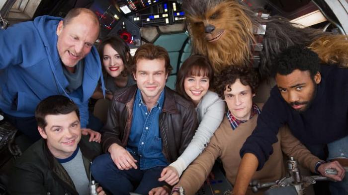 Primer vistazo oficial al reparto de Han Solo (2018)