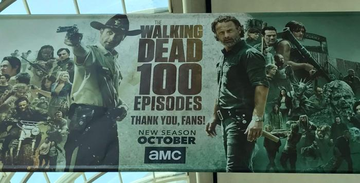 Banner de The Walking Dead visto en la San Diego Comic Con 2017