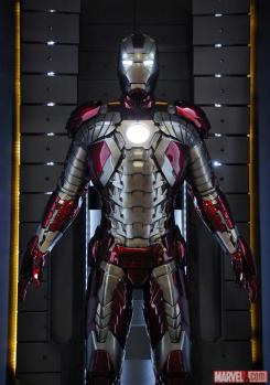 Image of the Mark V in the Hall of Armors of Iron Man 3
