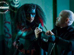 Imagen cabecera de entrada: [Series] Victor Zsasz en una nueva imagen de Batwoman y sinopsis del 2×03