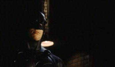 Imagen cabecera de entrada: [Cine] Christian Bale habla sobre iniciativa de cambiar la voz de Batman durante la prueba para Batman Begins
