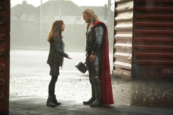 Imagen cabecera de entrada: [Cine] Patty Jenkins habla de su propuesta para Thor: El Mundo Oscuro y nuevo poster a baja calidad de Thor: Ragnarok