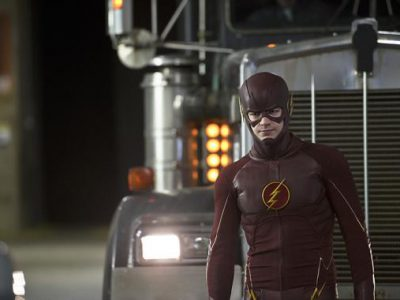 Imagen cabecera de entrada: [Series] El primer episodio de la segunda temporada de The Flash se titula The Man Who Saved Central City y la serie gana el Saturn Award a la mejor serie de superhéroes