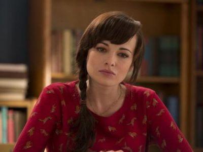 Imagen cabecera de entrada: [Series] Ashley Rickards se une a The Flash como Rosalind Dillion / The Top, un regreso, un origen, la familia y un patito de goma