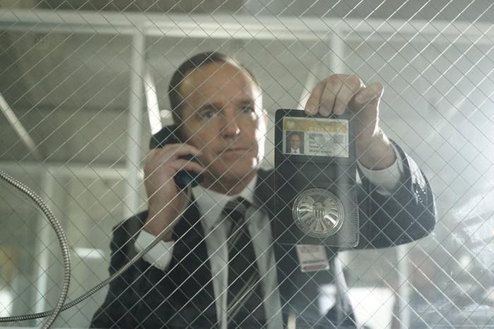 Imagen cabecera de entrada: [Series] El presidente de ABC se muestra optimista ante la renovación de Agentes de S.H.I.E.L.D. para una quinta temporada