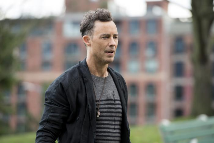 Imagen cabecera de entrada: [Series] Tom Cavanagh dirige el episodio 3×19 de The Flash, titulado The Once and Future Flash