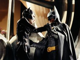 Imagen cabecera de entrada: [Series] Posible guiño a Michael Keaton, primer vistazo a Burt Ward y más imágenes de los actores en Crisis on Infinite Earths