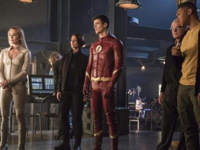Imagen cabecera de entrada: [Series] Promo de The Flash 4×08: Crisis On Earth-X, Part 3