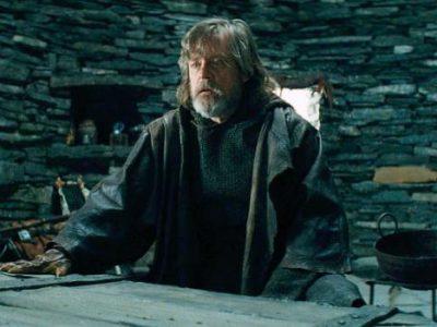 Imagen cabecera de entrada: [Cine] Blooper reel de Star Wars: Los últimos Jedi y Mark Hamill sobre la escena en la que llora la muerte de Han