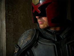 Imagen cabecera de entrada: [Series] Karl Urban sigue dispuesto a volver a interpretar al Juez Dredd