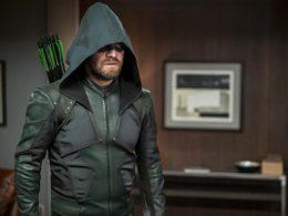 Imagen cabecera de entrada: [Series] The CW descarta el regreso de Arrow pero le gustaría el de Stephen Amell