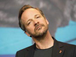 """Imagen cabecera de entrada: [Cine] Peter Sarsgaard dice que Gil Colson no es un """"tipo agradable"""" en The Batman"""
