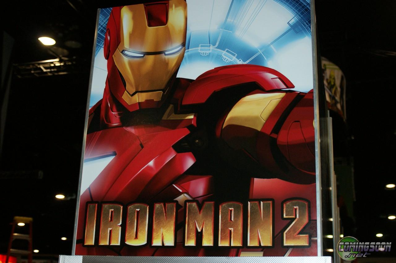 [CC09] Poster de Iron Man 2 con el dispositivo de energía triangular