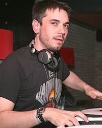 DJ AM tendrá un cameo en Iron Man 2