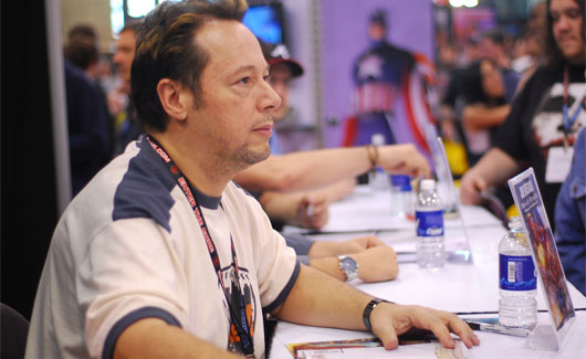 Joe Quesada en un evento de cómics