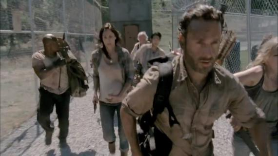 Lori visiblemente embazarada en la tercera temporada de The Walking Dead