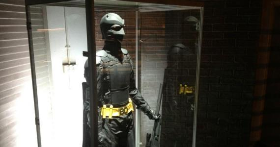 El traje de Big Daddy expuesto en Kick-Ass 2
