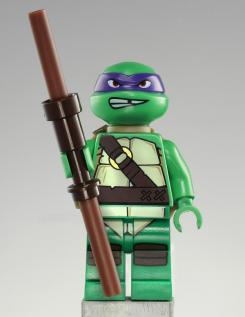 Figura de Donatello de la línea de LEGO sobre Teenage Mutant Ninja Turtles