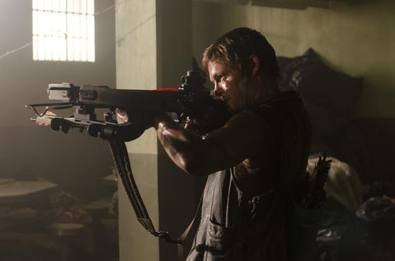 Imagen del episodio 3.02: Sick, de la tercera temporada de The Walking Dead (2012)