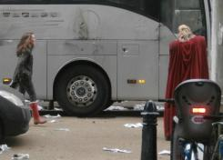 Imagen del set de rodaje de Thor: The Dark World (2013) en Londres (Reino Unido), Natalie Portman en el set