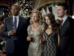 Imagen del episodio 1.09: Year's End, de la primera temporada de Arrow (2012-2013)