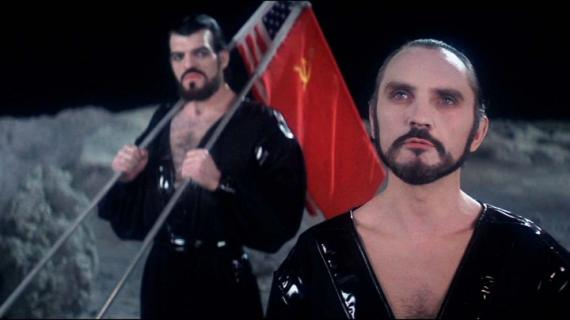 Terence Stamp como el General Zod en Superman 2