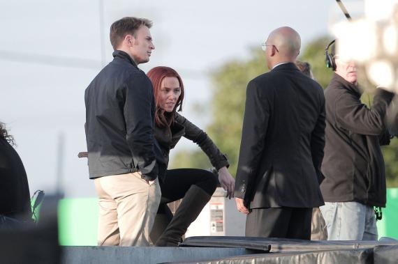 Imagen del rodaje de Capitán América 2 (2014) en Los Angeles, escena Capi, Viuda Negra y Sitwell