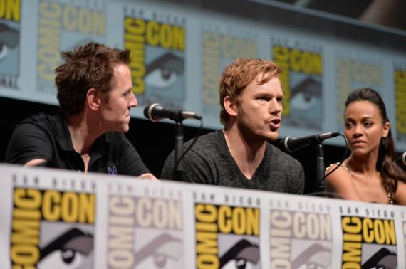 James Gunn, Chris Pratt y Zoe Saldana en el panel de Guardianes de la Galaxia (2014) en la San Diego Comic Con 2013