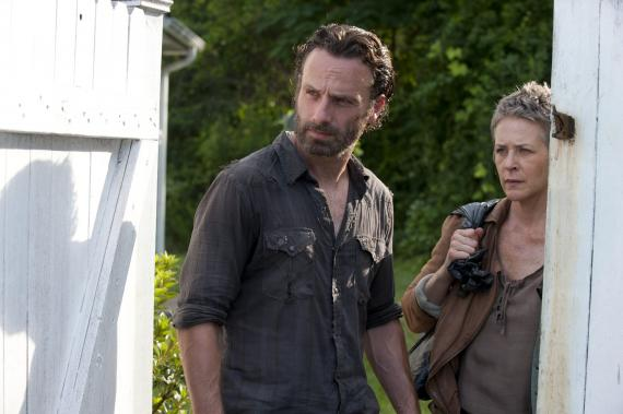 Imagen del episodio 4.04: Indifference, de la cuarta temporada de The Walking Dead (2013)