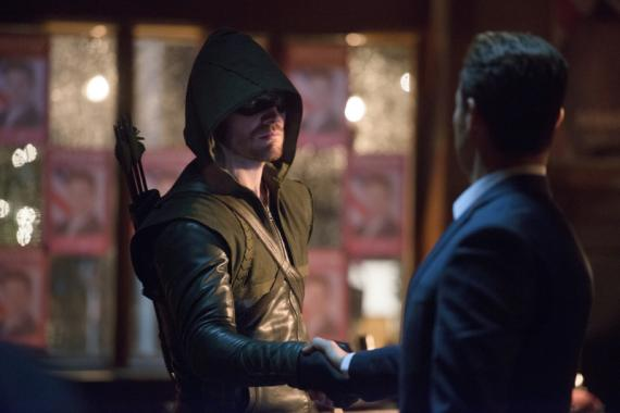 Arrow 2x10: Blast Radius