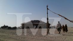 Imagen del rodaje de Star Wars: Episodio VII (2015) en Abu Dabi, junio de 2014