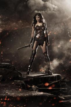 Gal Gadot como Wonder Woman en Batman v Superman: Dawn of Justice (2016)