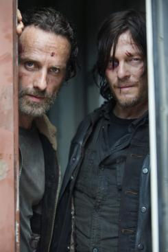 Imagen oficial de la quinta temporada de The Walking Dead