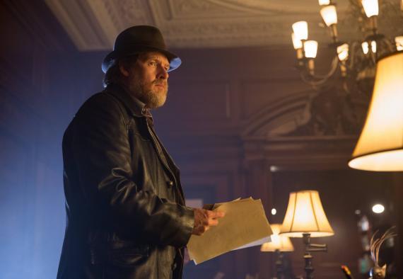 Imagen del episodio 1x04: Arkham de la primera temporada de Gotham (2014-2015)