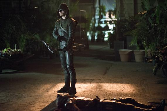 Imagen promocional de Arrow 3x07: Draw back your bow