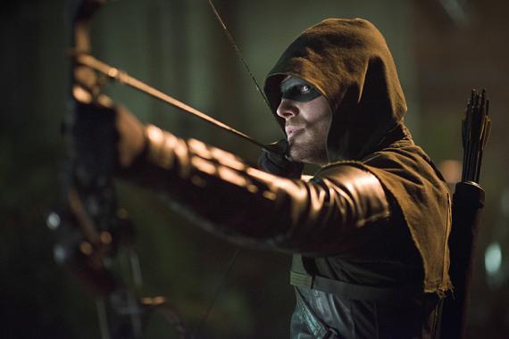 Imagen promocional de Arrow 3x07: Draw back your bow