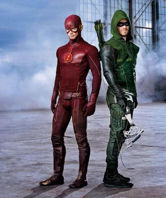 Imagen promocional del primer crossover entre Arrow y The Flash