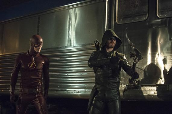 Imágenes promocionales de la segunda parte entre Arrow y The Flash - Arrow 3x08: The Brave and the Bold