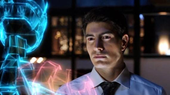 Vistazo al prototipo del traje de Ray Palmer / The Atom en Arrow