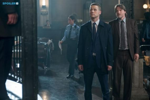Imagen promocional de Gotham 1x12: What The Little Bird Told Him