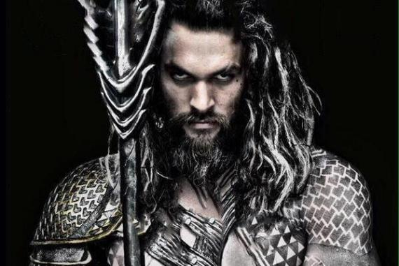 Recorte de la imagen oficial de Jason Momoa como Aquaman en Batman v Superman: Dawn of Justice (2016)