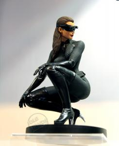 Estatua de Catwoman de The Dark Knight Rises (2012) de DC Direct