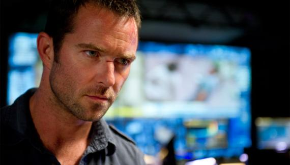 Sullivan Stapleton en negociaciones para ser Themistocles en 300: The Battle of Artemisium