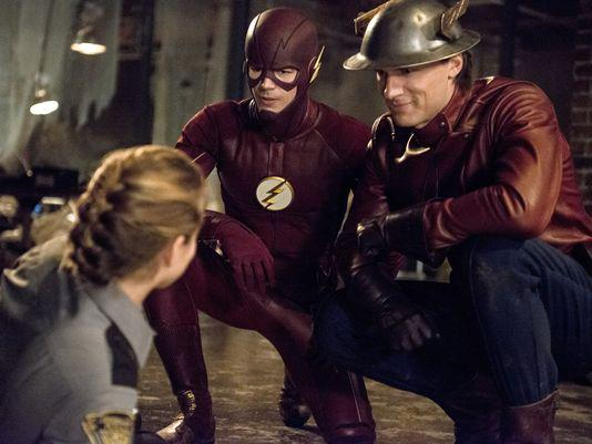 Imagen de The Flash 2x02: Flash of two worlds